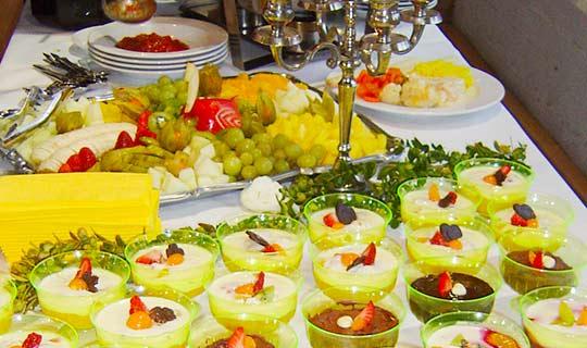 Dessert und Obstplatten